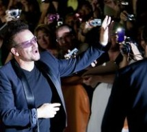 SHOWBIZ / Trupa U2 a deschis balul la Festivalul de Film de la Toronto