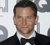 SHOWBIZ / Bradley Cooper, desemnat bărbatul cel mai sexy de pe planetă