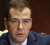 INTERNAŢIONAL / Dmitri Medvedev salută eforturile pentru salvarea monedei unice europene