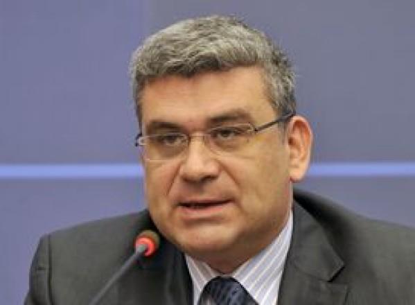 POLITICĂ / Ministrul român de externe s-a întâlnit cu reprezentanţii comunităţii româneşti din Ucraina