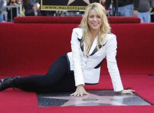 SHOWBIZ / Shakira are propria stea la Hollywood
