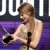 SHOWBIZ / Taylor Swift – marea câştigătoare a American Music Awards