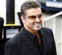 SHOWBIZ / Cântăreţul George Michael la un pas de moarte