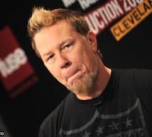 SHOWBIZ / James Hetfield, de la Metallica, a aruncat cu pietre în paparazzi