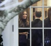SHOWBIZ / Brad Pitt şi Angelina Jolie au fost primiţi la Casa Albă