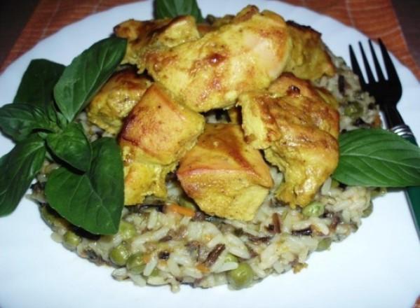 GASTRONOMIE / Pui tandoori cu curry de legume