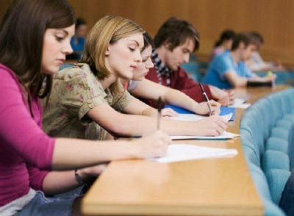 EDUCATIE / Studenţii de la FEAA vor face practică la Agenţia de Dezvoltare Regională Vest