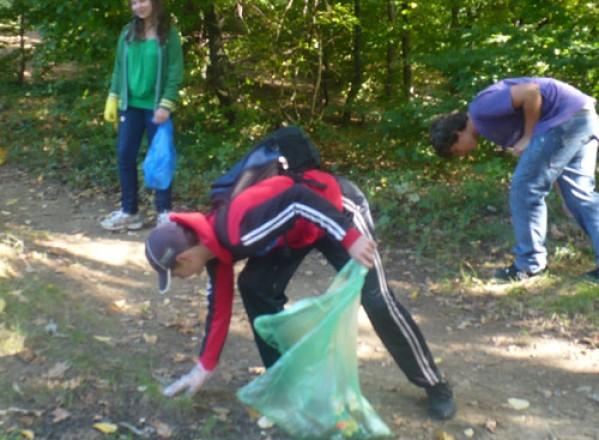MEDIU / Elevii din comuna Şagu vor participa la o acţiune de ecologizare