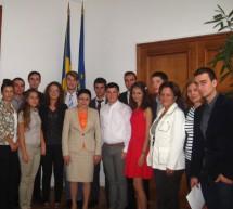 Întâlnire între reprezentanţii elevilor şi ministrul educaţiei, cercetării, tineretului şi sportului