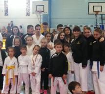 Medalii si cupa pentru karateka de la Golden Karate Timișoara la Cupa Arawaza