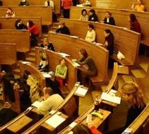 România / Universităţile vor organiza concurs pentru posturi numai cu voie de la minister