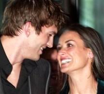 SHOWBIZ / Zvonuri de divorţ între Demi Moore şi Ashton Kutcher