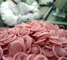 EROTICA / Prezervativele chinezești, neîncăpătoare pentru bărbații sud-africani