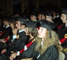 SOCIAL / Absolvenţii programelor MBA depun, pentru prima oară în România, Jurământul MBA