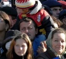 SOCIAL / Peste 330.000 de români şi-au aniversat onomastica de Sfântul Dimitrie