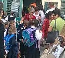 SOCIAL / Preşcolarii şi elevii din învăţământul primar vor avea o săptămână de vacanţă