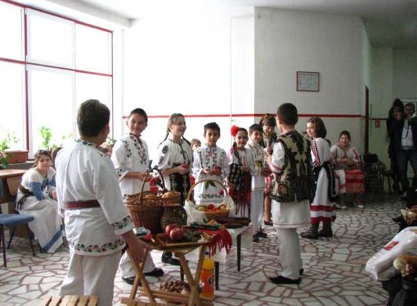EDUCATIE / Sărbătorile de iarnă la români
