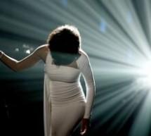 SHOWBIZ / Funeraliile private ale lui Whitney Houston vor putea fi urmărite pe site-ul AP