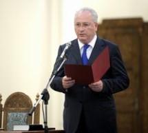 Puiu Hasotti a depus juramantul de investitura in functia de ministru al Culturii