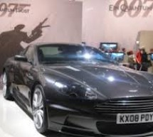 """Automobilul Aston Martin din seria """"James Bond"""", scos la licitatie"""