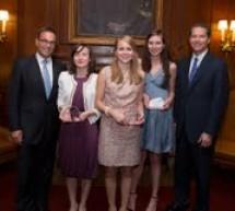Olga Ţene a castigat premiul al doilea in competitia internationala de fiscalitate, Young Tax professional of the year 2012