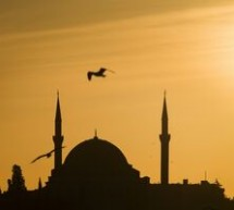 UE decide sa reia negocierile de aderare cu Turcia, dar le amana cel putin patru luni