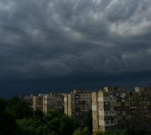 Cod galben de furtuni pentru 17 judete si capitala