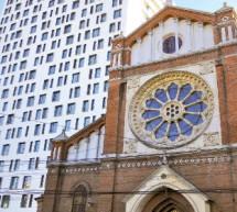 Primarul Oprescu acuzat de ARCB ca apara Cathedral Plaza