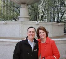 Doi jurnalisti americani de top ii invata pe elevii romani tehnici de leadership si mindfulness