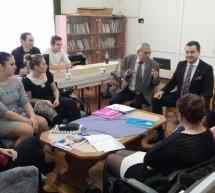 Consulul general roman in vizita la studentii romani de la Szarvas si comunitatea slovaca din Bekescsaba