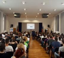 """Campania naţională """"Informare acasă! Siguranță în lume!"""" la Reşiţa, Timişoara şi Arad"""