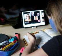 Cât au plătit părinții pentru educația online în pandemie – costurile ascunse au crescut